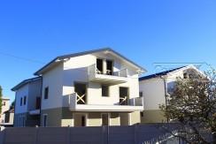Tre locali con terrazzo e balcone