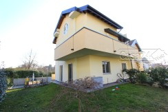 Villa bifamiliare recentissima costruzione
